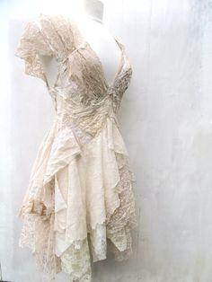 Chamomile dress di NaturallyBohemian su Etsy