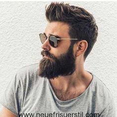 Totally cool beard and hair style - Männer Bart - Cheveux Popular Mens Haircuts, Cool Hairstyles For Men, Haircuts For Men, Men's Hairstyles, Men's Haircuts, Wedge Hairstyles, Brunette Hairstyles, Mens Hairstyles 2018, Mens Hairstyles With Beard