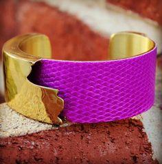 Neon Purple Dallas – Rustic Cuff