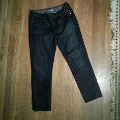 "Paige Premium Denim Skyline Drive Peg Dark wash peg jeans in excellent condition measured 28"" waist,  25"" inseam, 12"" ankle Paige Jeans Jeans Ankle & Cropped"