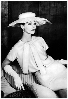 Dovima March Vogue 1956 Photographed by Henry Clarke