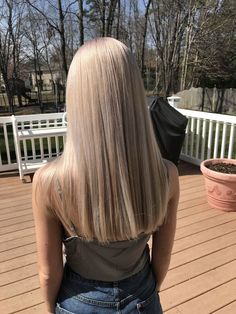 hair Aschblondes Haar, Redken Shades Gl Bare Root Roses, what to look for when buying The first thin Blonde Hair Looks, Brown Blonde Hair, Dark Hair, Cool Toned Blonde Hair, Blonde Hair Shades, Dark Brown Hair With Blonde Highlights, Hair Highlights, Red Ombre Hair, Blonde Balayage