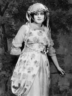 Theda Bara born Theodosia Burr Goodman, July 29, 1885 – April 7, 1955) was an American silent film and stage actress.