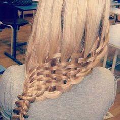 ...this is insane hair