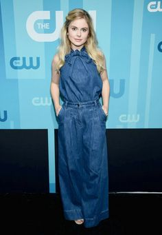 Rose McIver attends the 2017 CW Upfronts Rose Mciver, Riverdale Cast, Elizabeth Gillies, Female Pictures, Dresses For Work, Formal Dresses, The Cw, Red Carpet Dresses, It Cast