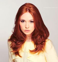 Karen Gillan makes me feel good about being a redhead :D Red Hair Color, Ginger Hair Color, Red Hair Color, Color Red, Copper Hair Colors, Gorgeous Redhead, Gorgeous Hair, Beautiful Eyes, Beautiful People, Karen Gillan