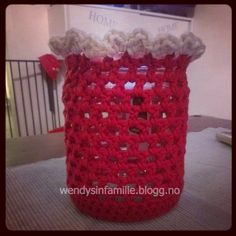 light candlebag crochet hekle telyspose til norgesglass Candle Jars, Candles, Crochet Things, Projects To Try, Organization, Bag, Home Decor, Lantern Candle Holders, Blogging