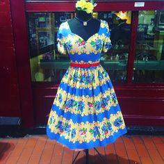 "21 tykkäystä, 1 kommenttia - Retro Shop Dublin (@retroshopdublin) Instagramissa: ""You just can't beat a sunny Friday afternoon 😎☀️ . . . . #retroshopdublin #vintageinspired #fashion…"""