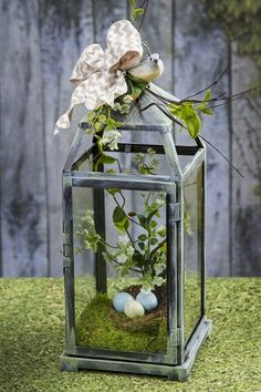 Fairy gardens are all the rage! Personalize your own with these 5 trendy and inspired ideas from Pat Catan's. Fairy gardens are all the rage! Personalize your own with these 5 trendy and inspired ideas from Pat Catan's. Creation Deco, Deco Floral, Lanterns Decor, Fairy Lanterns, Easter Holidays, Spring Crafts, Easter Crafts, Easter Decor, Floral Arrangements