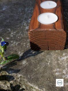 """Einzigartiger Teelichthalter aus massivem Fichtenholz. Zur Herstellung wurde eine alte japanische Holzkonservierungstechnik namens """"Shou Sugi Ban"""" verwendet, bei der das Holz stark verbrannt, dann aufwendig gereinigt und schließlich eingefärbt wird. Stark, Tea Lights, Candles, Burnt Wood, Schmuck, Dekoration, Tea Light Candles, Candy, Candle Sticks"""