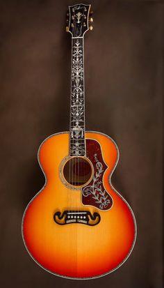 2015 Gibson SJ-200 Custom Quilt Vine Sunburst