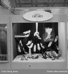 Skyltning för Oscaria, Örebro 1956. Foto: Knut Borg