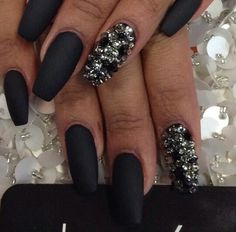 Matte nails with crystals