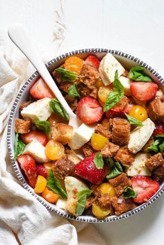 Strawberry Caprese Panzanella is part of Infinity Arrow tattoos Crosses - Infinity Arrow tattoos Crosses Summer Recipes, New Recipes, Salad Recipes, Vegetarian Recipes, Cooking Recipes, Favorite Recipes, Healthy Recipes, Cooking Food, New York Style Pizza Dough Recipe