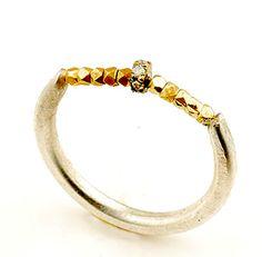 Pretty pretty ring!
