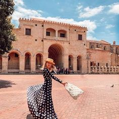 Travel with style ( Zona Colonial, Dominican Republic, Photoshoot Ideas, Videos, Dresses With Sleeves, Vacation, Instagram, Photography, Inspiration