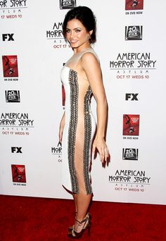 Jenna Dewan Tatum Channing Tatum's wife skipped underwear and showed off her side-booty at the premiere of American Horror Story: Asylum in October 2012.