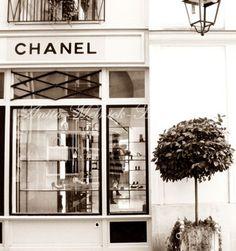 Egoiste przez pewien czas był Dostępny Wyłącznie w Butiku Chanel