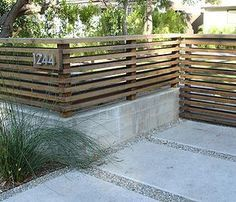Viburnum Hedge Between Rendered Brick Fence Pillars   Garden Ideas    Pinterest   Gärten, Samsung Und Zaun Design