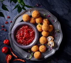 Fried Jalapeño goat's cheese balls served with tomato chilli jam. Tomato Chilli Jam, Fried Jalapenos, Fried Goat Cheese, Starter Recipes, Cheese Ball, Starters, Foodies, Balls, Yummy Food
