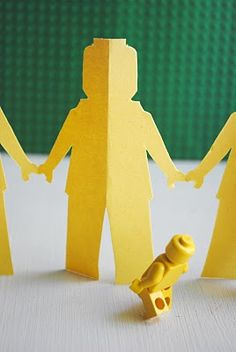 I am going to do this with my little man tomorrow for a fun activity!!! He loves loves loves minifigures!
