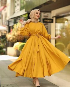 Muslim Fashion 817262663615869422 - ✔ Fashion Dresses Muslim Beautiful Source by assatouloum Hijab Fashion Summer, Modest Fashion Hijab, Modern Hijab Fashion, Modesty Fashion, Street Hijab Fashion, Hijab Fashion Inspiration, Fashion Dresses, Dress Outfits, Hijab Outfit