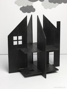 Haunted Dolls House / free templates for cardboard or plywood, extra accessaries & tips for making peg dolls