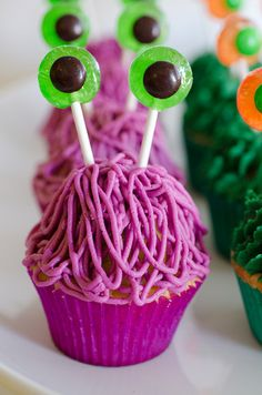 Cute idea for the Monster Cupcakes, wonder how difficult those eyes are, though...