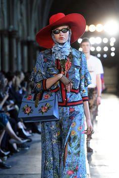 Gucci - Pre Spring/Summer 2017 Ready-To-Wear London Fashion Week