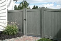 Bufftech Certagrain Chesterfield Arctic Blend Vinyl Privacy Fence - Contemporary - Fencing - Other Metro - Vinyl Fence