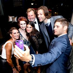 Danneel Ackles, Felicia Day, Genevieve Padalecki, producer Jim Michaels, Jared Padalecki & Jensen Ackles from The Big Picture: Today's Hot Pics   E! Online