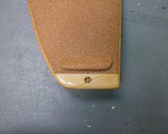 Paulownia-Tail mit integriertem Leash-Plug  #woodensurfboard #asymmetrical #paulownia #cork #itobu