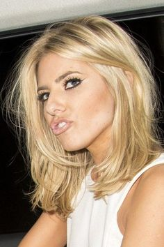 Long bob lob Jessica Simpson, blonde bob hairstyle and haircut
