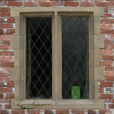 Stone Gothic Window Components The Quoined Mullion Arch Arrow Cross Slit Tracery Windows