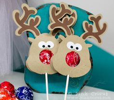 Very cute...next year! Rudolph the Red Nosed Reindeer Free File | Pink Cricut