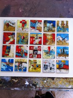 Título: Serie miniaturas flotantes.  Formato:  20 cuadros de 10 x 10 cm c/u.  Técnica: Óleo y acrílico sobre lienzo. Año: 2014