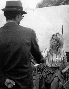 Brigitte Bardot andJean-Luc Godard on theLe Méprisset