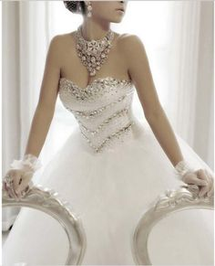 robe de mariée princesse strass sur le bustier