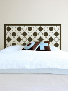 Decal Headboard for Easy Updates