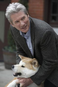 About the Movie: Hachi: A Dog's Tale When his master, Parker Wilson, dies, a… Sad Movies, Great Movies, I Movie, Richard Gere, Hachi A Dogs Tale, Joan Allen, A Dog's Tale, Japanese Akita, Julio Iglesias