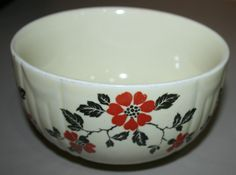 VINTAGE/ANTIQUE HALLu0027S SUPERIOR QUALITY KITCHENWARE SMALL MIXING BOWL BLUE  RED