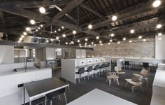 Coworking Space - Club Workspace - The Leathermarke, London, England
