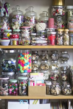 for a and see Sammy's craft room. Bead Storage, Craft Room Storage, Craft Organization, Candy Crafts, Mason Jar Crafts, Craft Items, Family Organizer, Crafts For Kids, Margarita