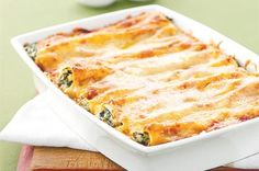 spinach and ricotta cannelloni - quick and easy (used 100 gms fetta to 400 gms of ricotta, and added roast garlic to jar of passatta) makes a lot!!!