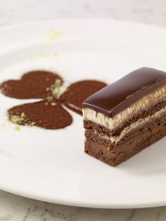 The classic opéra gateau is a multi-layered sponge cake sandwiched together with chocolate ganache and buttercream and topped with fruit. French Chocolate, Cocoa Chocolate, Chocolate Mousse Cake, Chocolate Desserts, Chocolate Sponge, Cookie Desserts, Sweet Desserts, Just Desserts, Delicious Cake Recipes