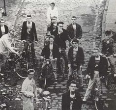 Morrissey: Behind the scenes at the video shoot for The Smiths' Stop Me (If You Think You've Heard This One Before) ― Manchester Andy Rourke, The Smiths Morrissey, Johnny Marr, Simon Garfunkel, Marc Bolan, Charming Man, Everything And Nothing, Lonely Heart, Tumblr