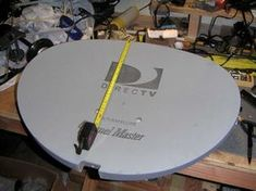 HDTv Antenna on a Direct TV Mount. : 4 Steps (with Pictures) - Instructables Hd Antenna Diy, Rabbit Ears Antenna, Free Tv And Movies, Outdoor Tv Antenna, Tiny House Loft, Technology Hacks, Satellite Dish, Digital Tv, Mounted Tv