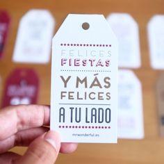 Etiquetas metalizadas para regalos navideños. Se vende en www.mrwonderfulshop.es #fiesta #regalo #navidad #christmas