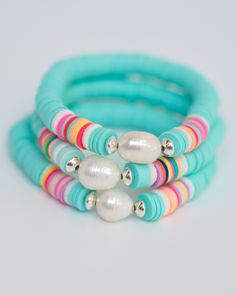 Preppy Bracelets, Pony Bead Bracelets, Summer Bracelets, Cute Bracelets, Colorful Bracelets, Fashion Bracelets, Clay Jewelry, Beaded Jewelry, Jewlery