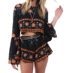 Cute music festival outfits that you need to copy for your next festival! Festival fashion and clothing ideas for Coachella, Bonnaroo, Governors ball, etc! These festival outfit ideas are are affordable and super trendy. Source by songfancy clothes ideas Festival Looks, Festival Mode, Festival Camping, Festival Wear, Hippie Festival, Festival Coachella, Music Festival Outfits, Music Festival Fashion, Fashion Music